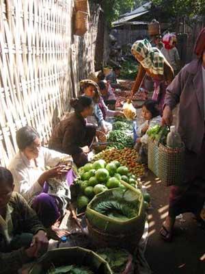 Market Scene, Bagan