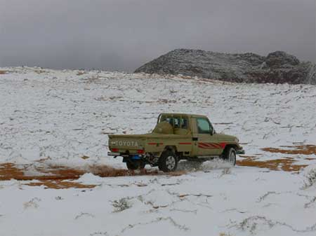 Snow Storm in Tabuk (5)