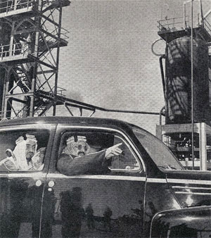 King Tours the Refinery at Ras Tanura