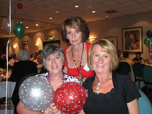 Pamela Vizor, Lesley Williams & Karen Jennings at the Reunion dinner.