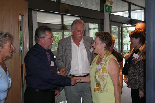 Tom welcoming Allan Martin & Janet Scott.
