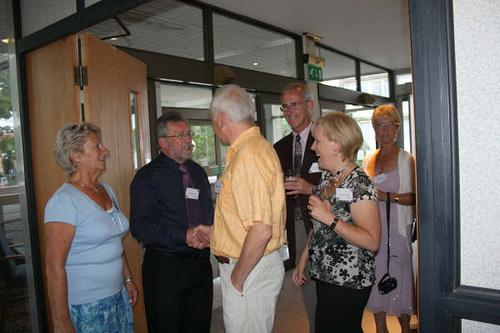 Eileen & Tom Henderson greeting Martin Wingrove, Lyn & Jacqui Thomas.