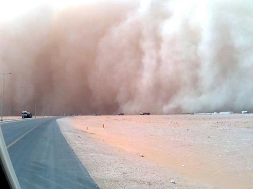 Sand Storm in Khurais (2)