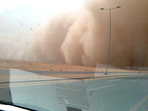 Sand Storm in Khurais (3)