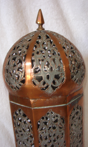 Mayeri Candle Holder (2)