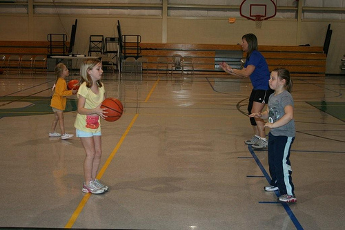 Hoops with the Grandkids (7)