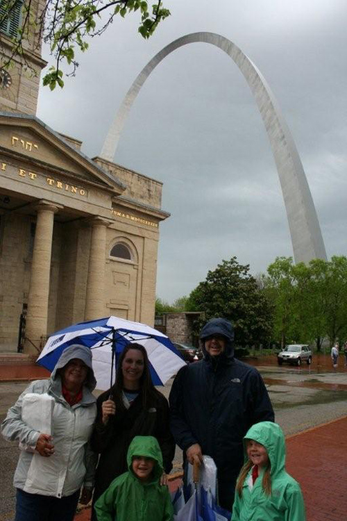 Stevens Family at the Arch