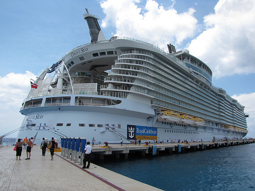 The Oasis of the Seas (2)